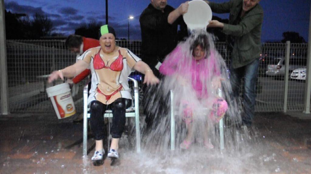 Geelong RSL icebucket challenge
